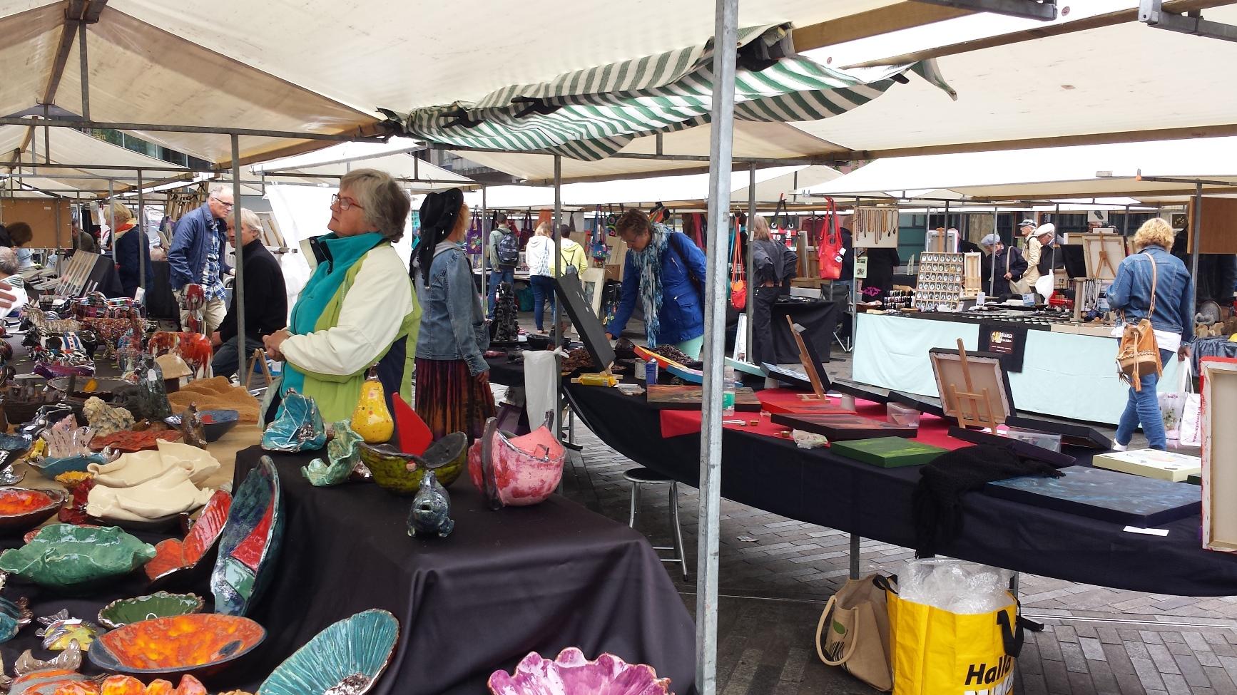 Kunst en cultuurmarkten for Fellini leeuwarden